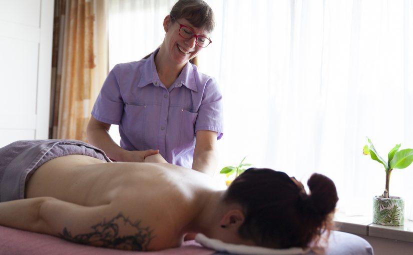 """Joyce Puts: """"Massages voor een ontspannen geest en een soepel lichaam."""""""